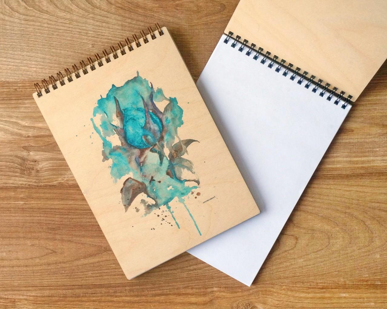 """Деревянный блокнот А5 """"Голубая роза"""""""