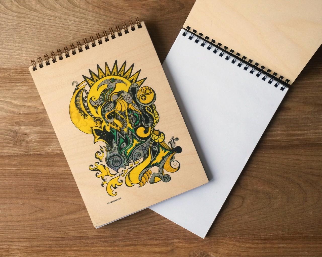 """Деревянный блокнот А5 """"Сон шамана в жёлтом"""""""