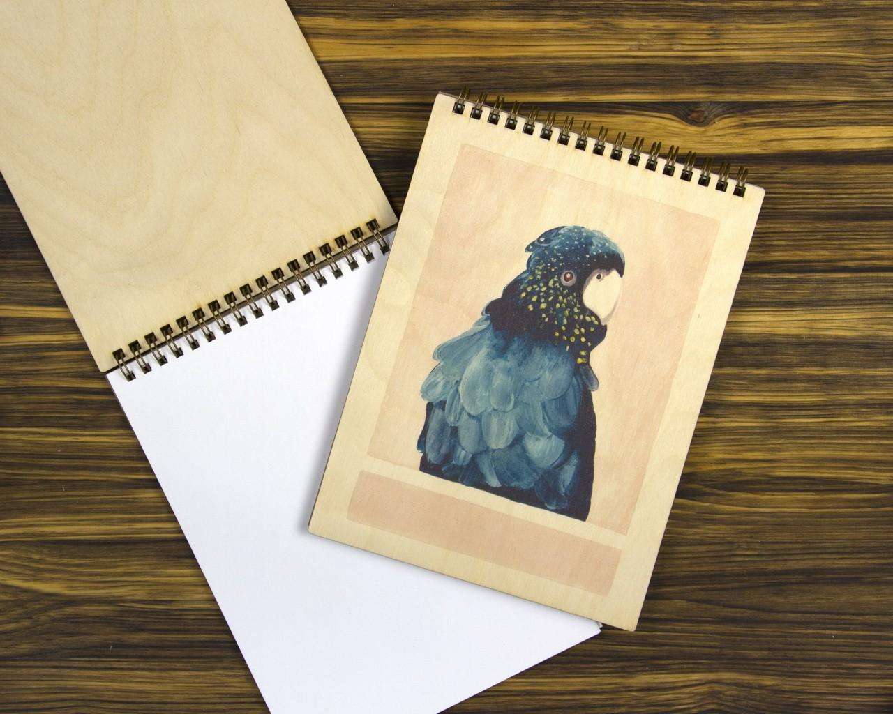 """Деревянный блокнот А5 """"Попугай"""""""