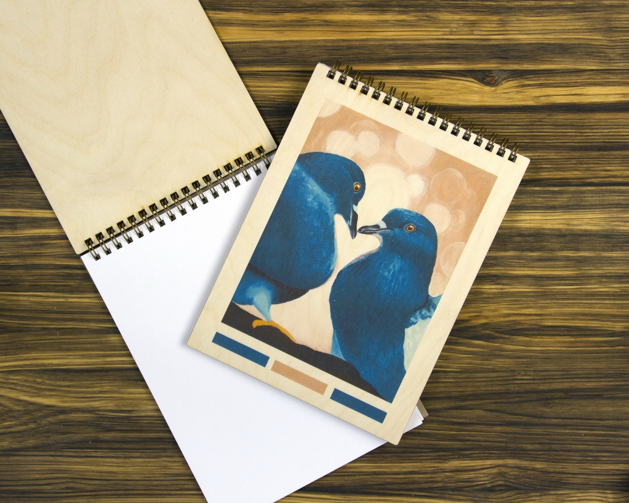 """Деревянный скетчбук """"Голуби"""""""
